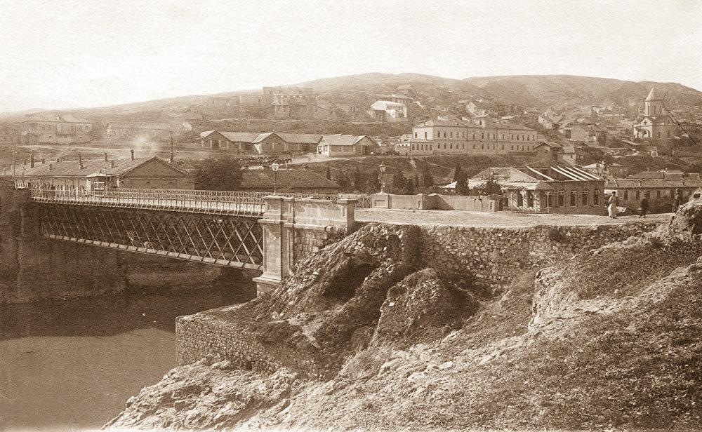 Мнацакановский мост. Архивное фото