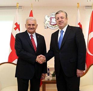 Премьер-министры Грузии и Турции Георгий Квирикашвили и Бинали Йылдырым
