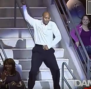 ვიდეოკლუბი: ბატლი DANCE CAM-ის ტრიბუნებზე