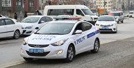 Автомобили полиции на улице Анкары