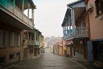 Улочки грузинских городов с неповторимой архитектурой и колоритом прекрасны в любую погоду. Это фото сделано в городе Сигнахи во время дождя. Туристов на улицах нет, все сидят в теплых ресторанчиках и дегустируют грузинское вино