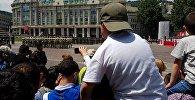 Военные принесли присягу в День независимости Грузии на площади Свободы в Тбилиси