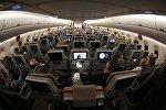 Пассажиры на борту самолета нового поколения Airbus a350-900