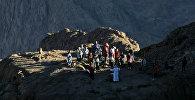 Молящиеся в горах Синая