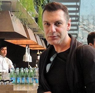 Грузинский модельер Автандил Цквитинидзе