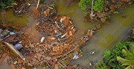 Разрушенные дома после наводнения в Матаре, Шри-Ланка