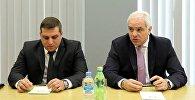 Глава МВД Грузи Георгий Мгебришвили и глава департамента патрульной полиции Александр Хвадагиани