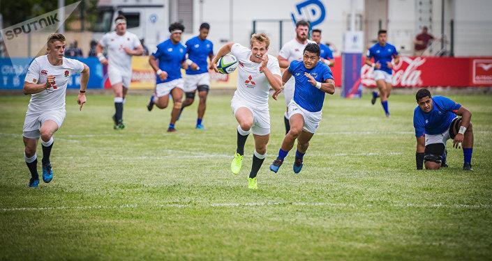 Матч открытия чемпионата мира по регби U-20 между Англией и Самоа