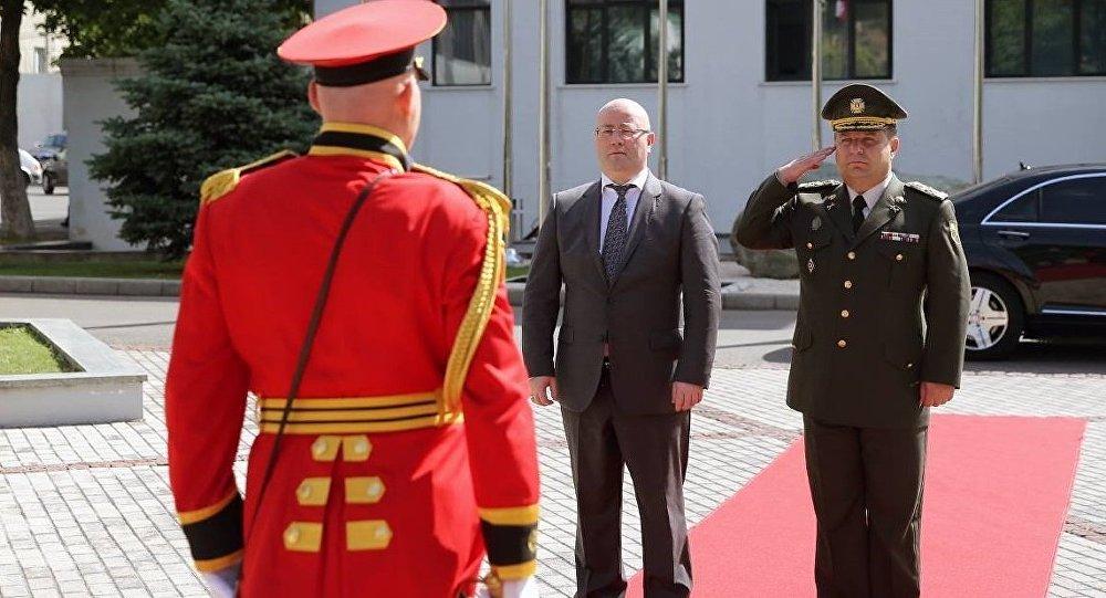 Министр обороны Украины провел встречи в Тбилиси