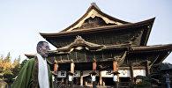 ბუდისტური ტაძარი ნაგანოში. იაპონია