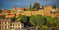 Город Тбилиси на закате - дворец царицы Дареджан