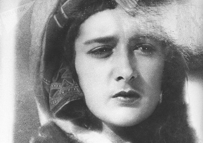Актриса Нато Вачнадзе в кадре из фильма Колыбель поэта