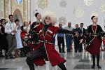 Лезгинка, вино, президент: Грузия принимает гостей на ЭКСПО