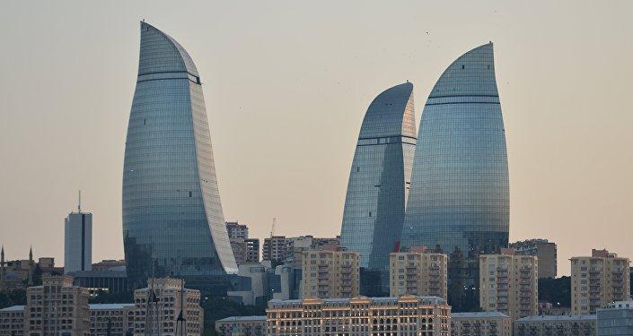 Пламенные башни в Баку