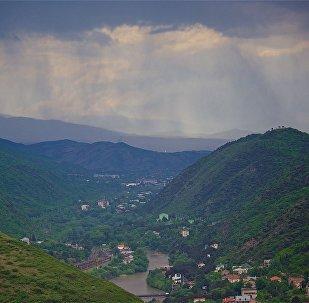 Дожди в горах в регионе Мцхета-Мтианети