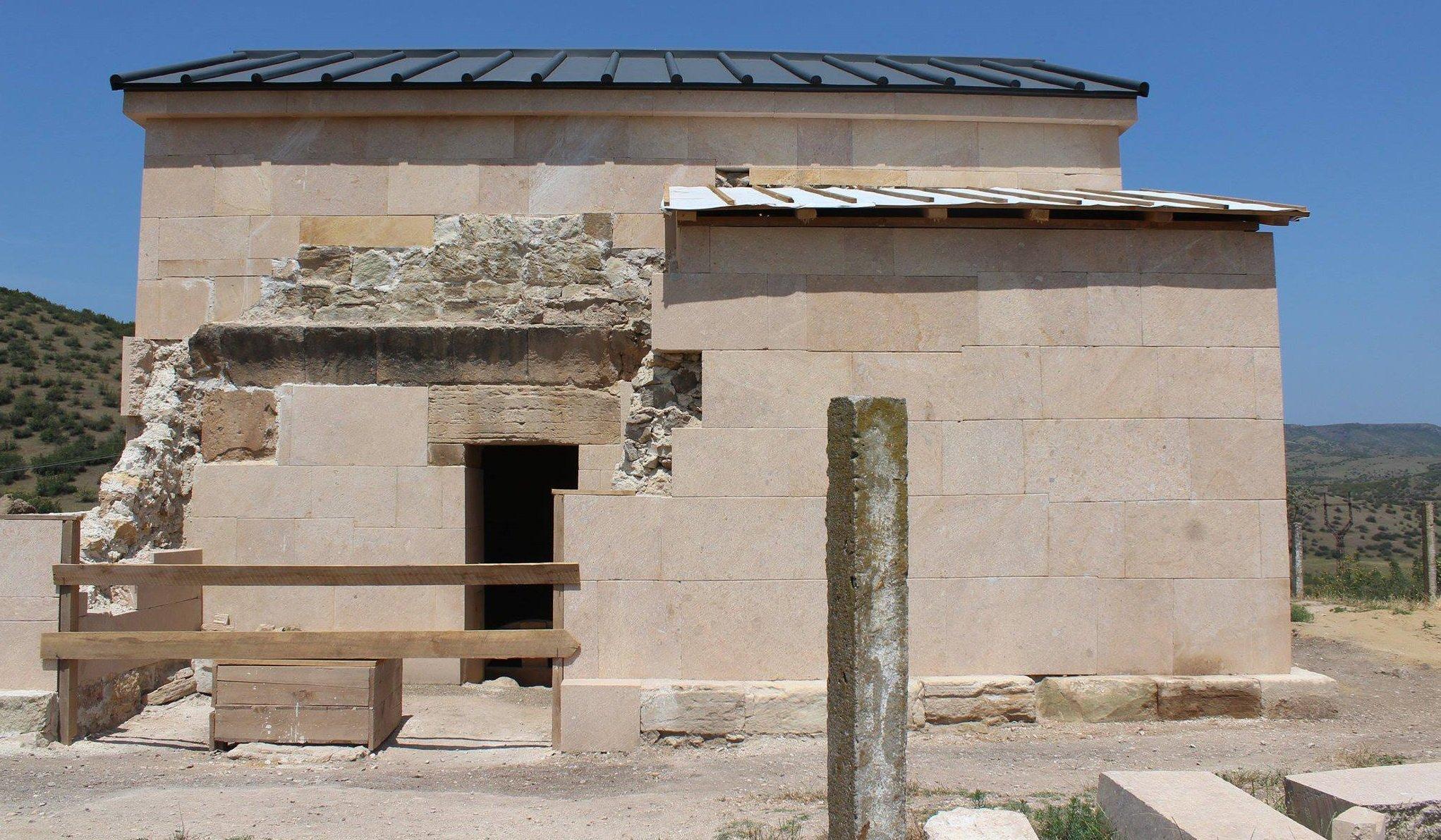 Болнисский храм VI века Акванеба в Грузии