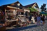 Торговля сувенирами в центре города Мцхета
