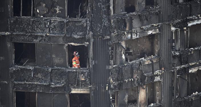 Неменее  140 человек погибли при возгорании нефтевоза вПакистане