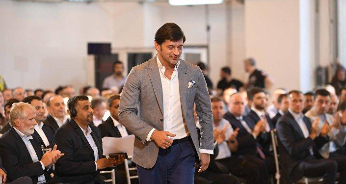 Партия Саакашвили предложила кандидатуру телеведущего напост главы города Тбилиси