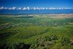 Вид на Алазанскую долину с улицы города Сигнахи
