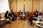 Георгий Гахария на встрече с Сержем Саргсяном