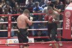 Российский боксер Поветкин одержал победу над украинцем Руденко. Кадры боя