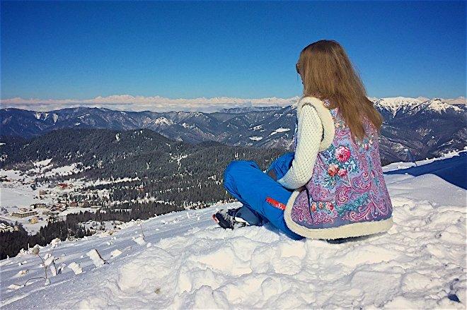 Анна Галлай в горах Грузии