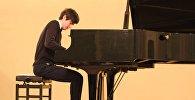 Пианист Сандро Гегечкори