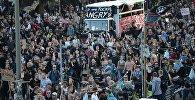 Участники акции протеста в преддверии саммита G20 в Гамбурге