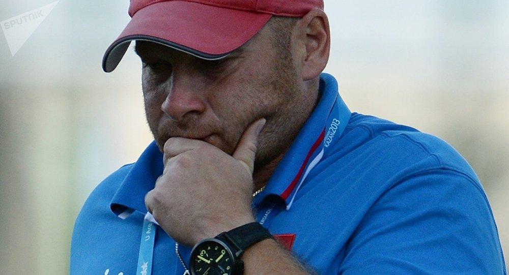 Молния ударила в основного тренера регби-клуба «Кубань» вовремя матча