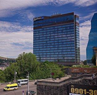 Отель Radisson Иверия в центре Тбилиси