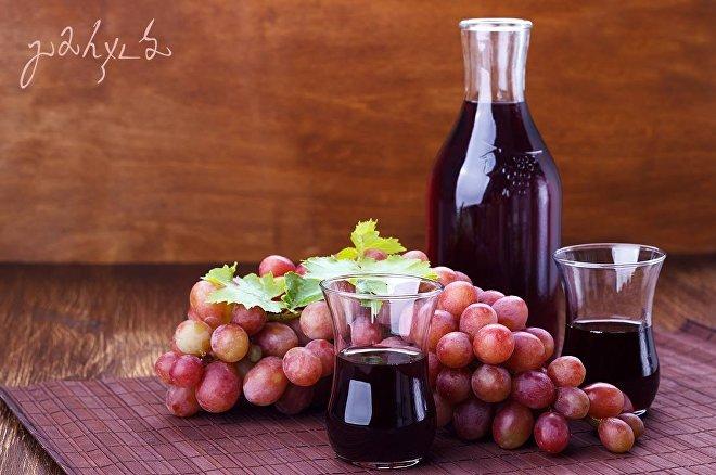 ყურძენი და წვენი