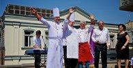 Секреты армянской толмы: в Тбилиси выбрали лучшие образцы этого блюда