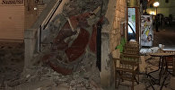 Последствия сильного землетрясения в Греции и Турции