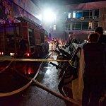 Четыре пожарные бригады оперативно прибыли на место ЧП и в короткие сроки очаг возгорания был ликвидирован