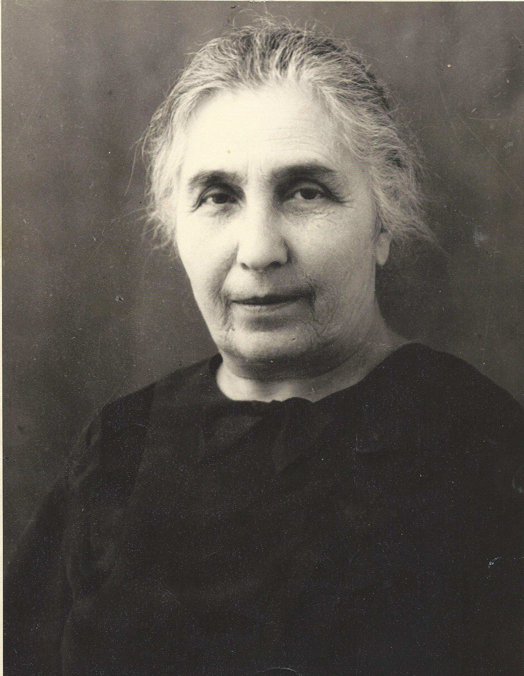 Нина Михайловна Шахпаронянц (Габинова)