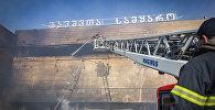 В Тбилиси сгорел торговый центр Детский мир: кадры ликвидации пожара