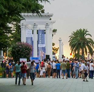 ბათუმში ასობით ადამიანი ესტუმრა დიასპორის ფესტივალს