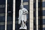 Памятник Христофору Колумбу (скульптор Гаэтано Руссо) на площади Коламбус-серкл в Нью-Йорке