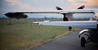 Самолет на аэродроме в Натахтари