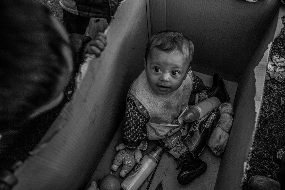 Анна Пантелия, Греция. Европейская мечта. Третье место в номинации Главные новости. Одиночная фотография. Специальный приз Международного Комитета Красного Креста (МККК) - За гуманитарную фотографию