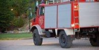 Пожарная машина в парке на горе Мтацминда