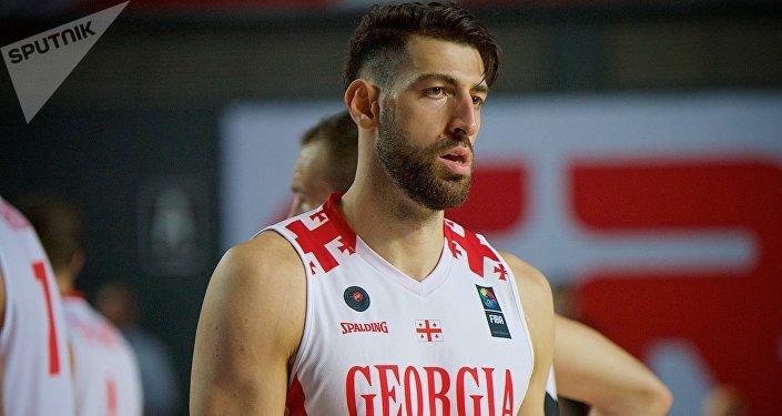 Баскетболист сборной Грузии Торнике Шенгелия