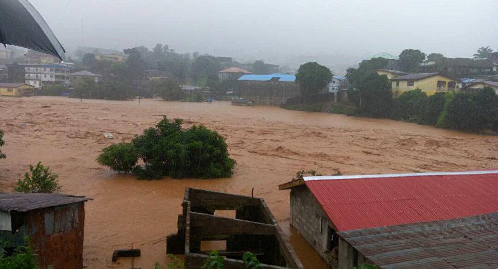 ВСьерра-Леоне после схода оползня найдено около 400 тел погибших