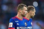Игрок ЦСКА Алексей Березуцкий
