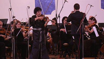 Лиана Исаказдзе на Ночных серенадах