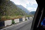 Через Казбегский район проходит Военно-Грузинская дорога, связывающая Грузию и Россию