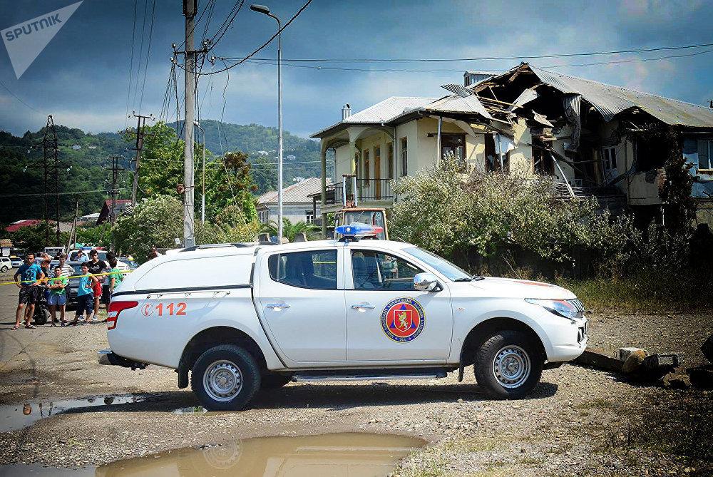 Мэрия Батуми пообещала обеспечить жильем четыре семьи, чьи дома были разрушены в результате взрыва
