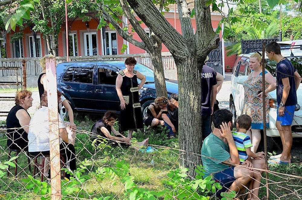 Жители домов, разрушенных в результате взрыва на газозаправочной станции