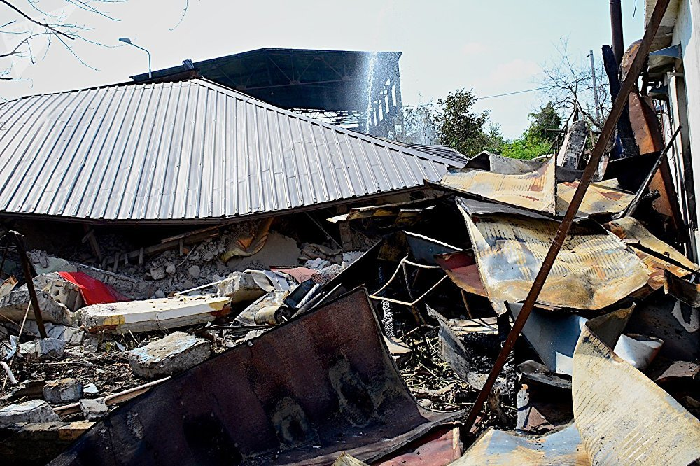 Разрушенный в результате взрыва дом